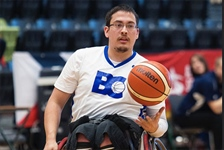 Team BC wheelchair basketball splits pair of games